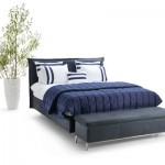 Modell Twilight von tommyM in nachtblau mit Hockerbank.
