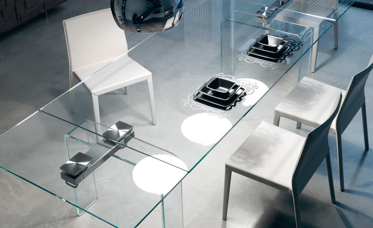Modell Azimut von Cattelan italia - Esstisch komplett aus Glas.